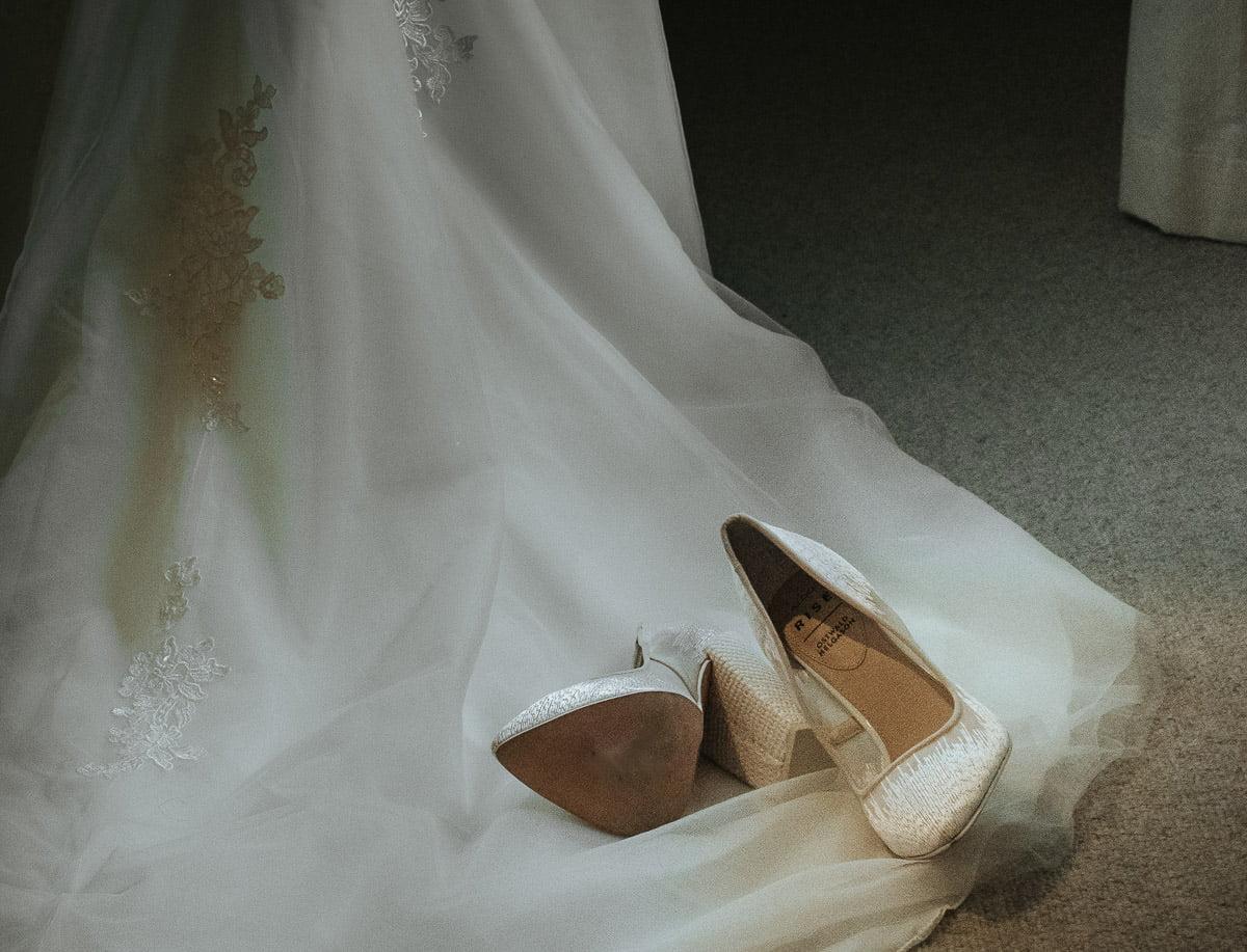 Bury Court Barn - Wedding Photographer Hampshire 7