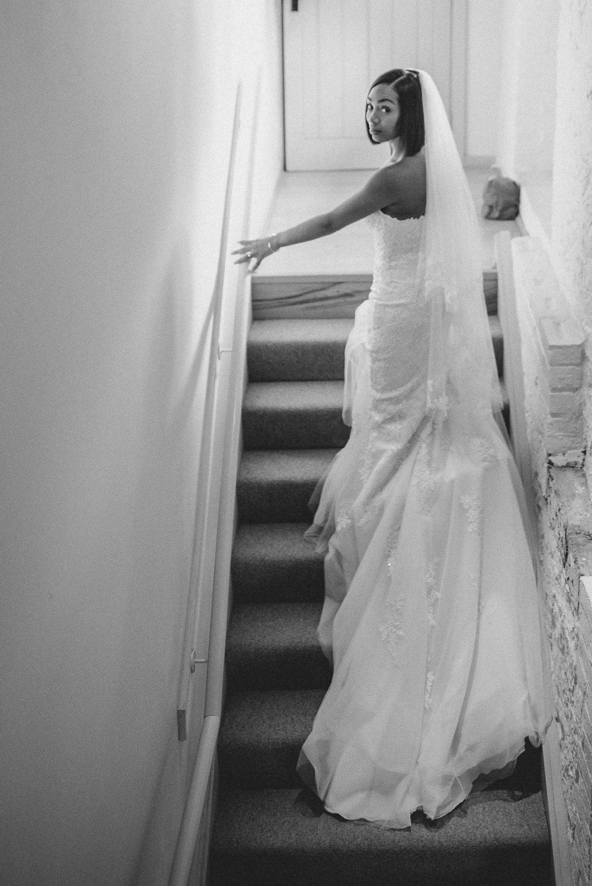 Bury Court Barn - Wedding Photographer Hampshire 23