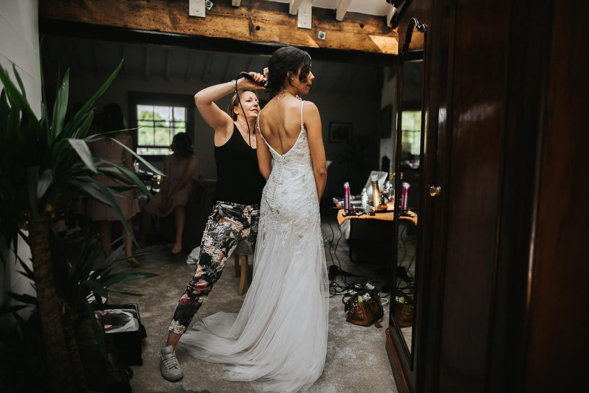 york and albany wedding getting ready