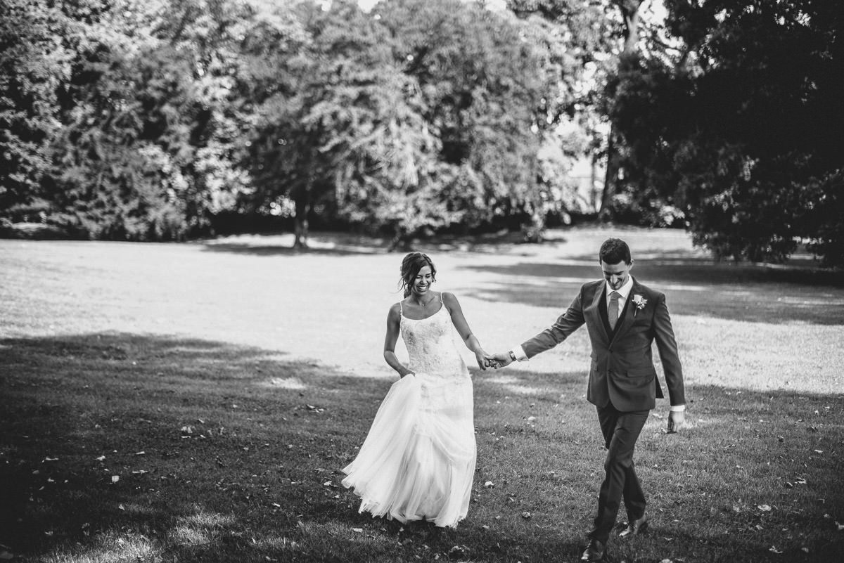 regents park london wedding couple shots