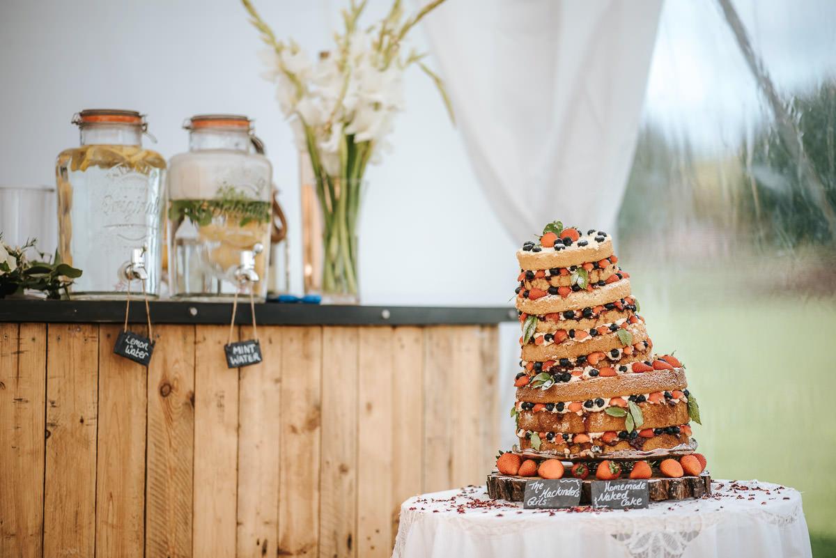 wedding cake by lincolnshire wedding photographer