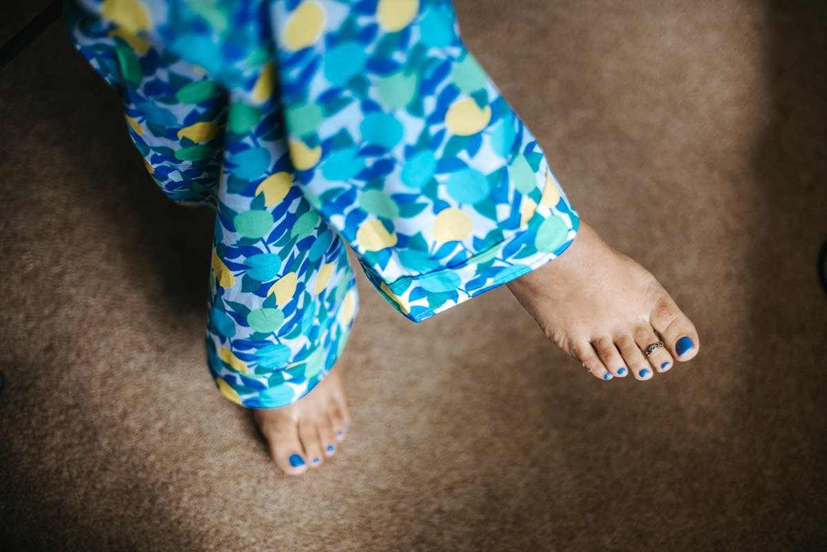 getting ready berkshire wedding brides toes