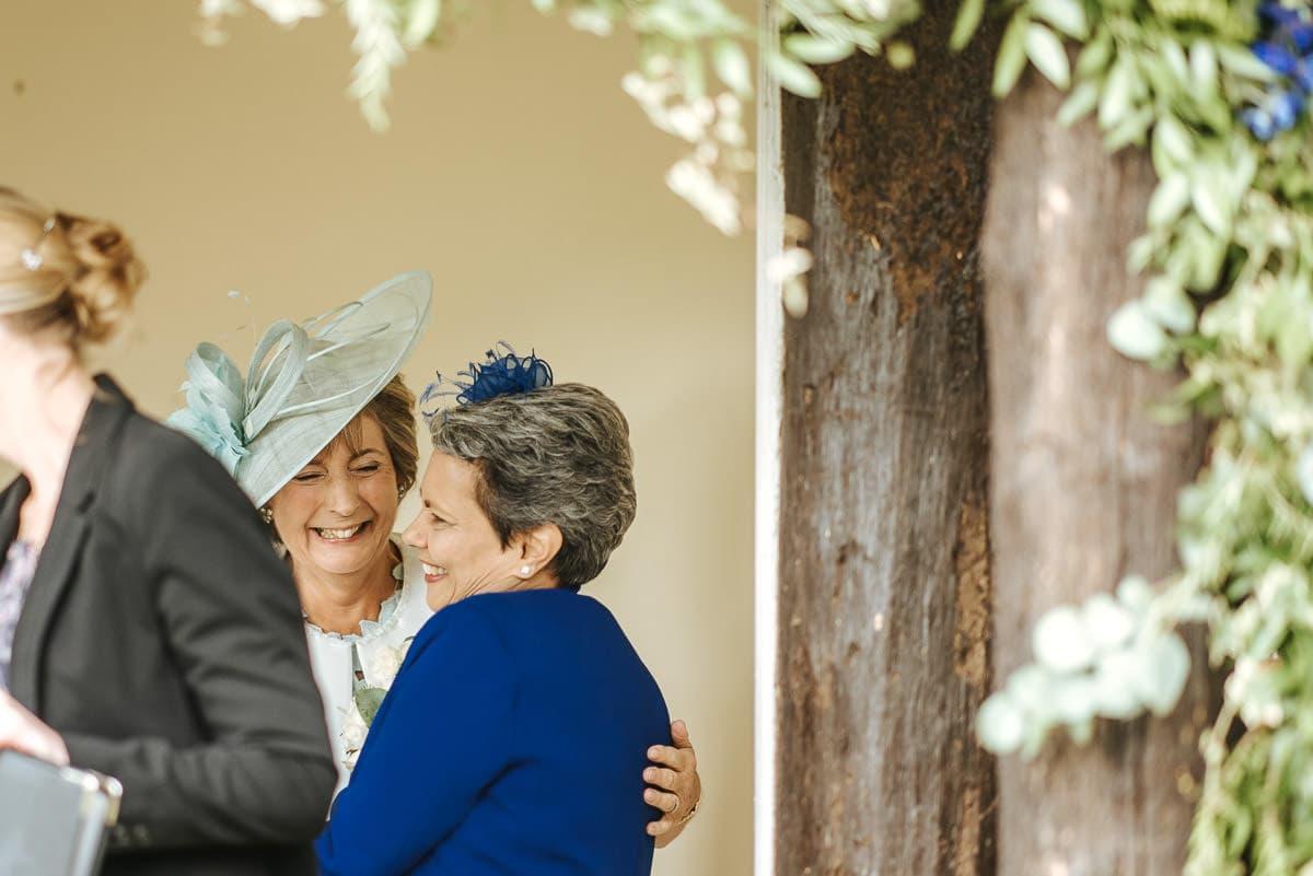 tipi wedding berkshire mums hugging