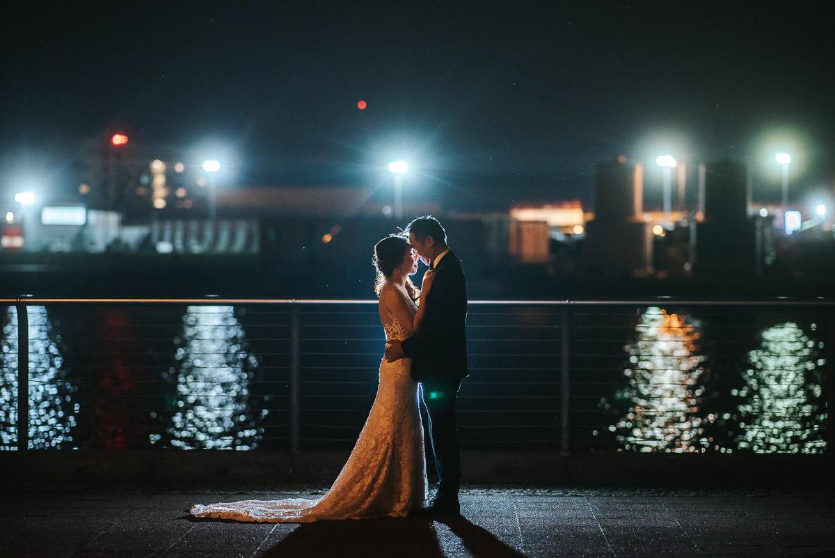 chinese wedding london yi-ban bride and groom at night