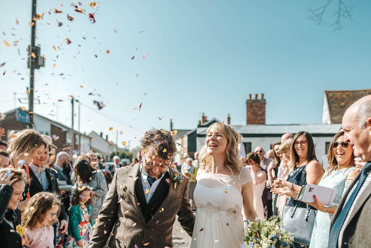 essex documentary wedding photography church confetti