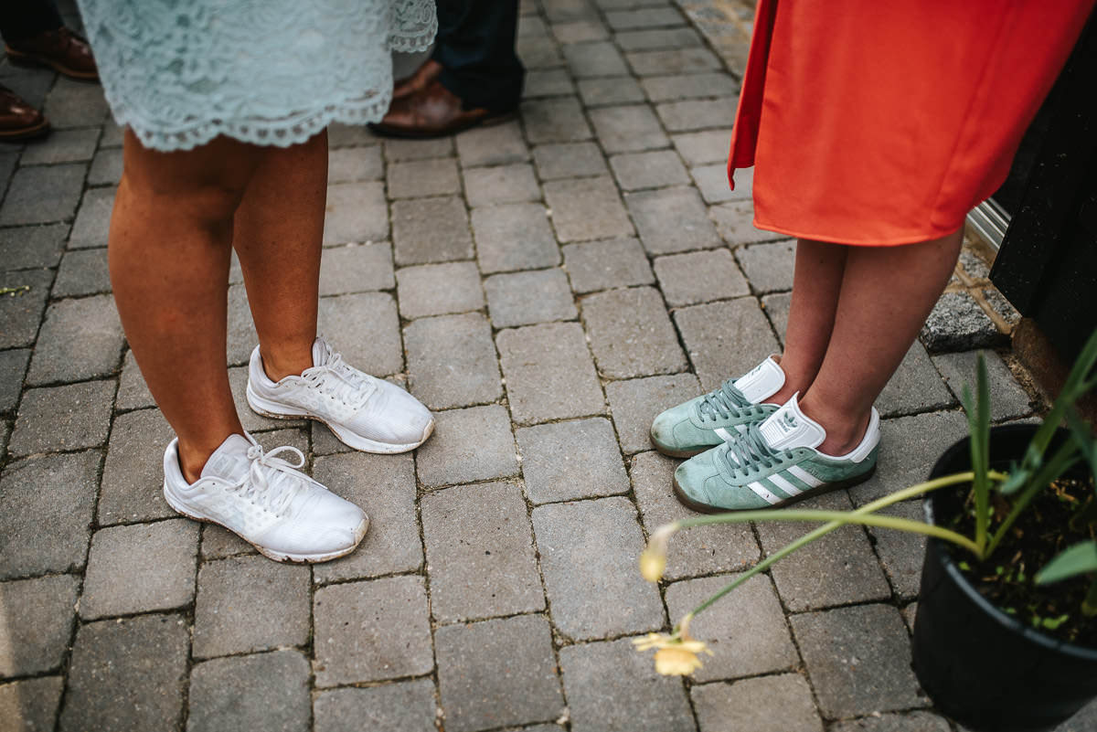 essex documentary wedding photography guests