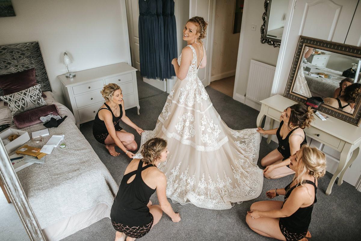 wedding photos reading getting reafy