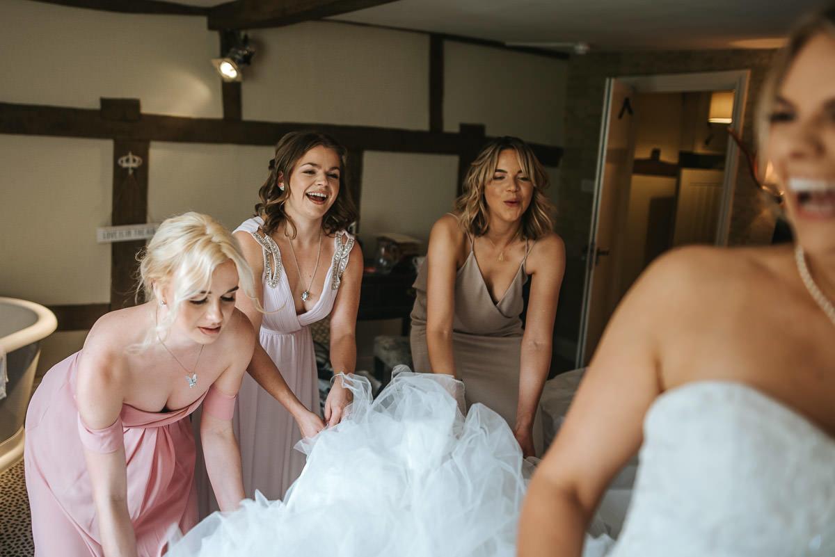 kent wedding photography bridesmaids