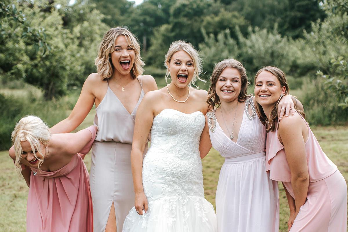 kent wedding photography bride and bridesmaids