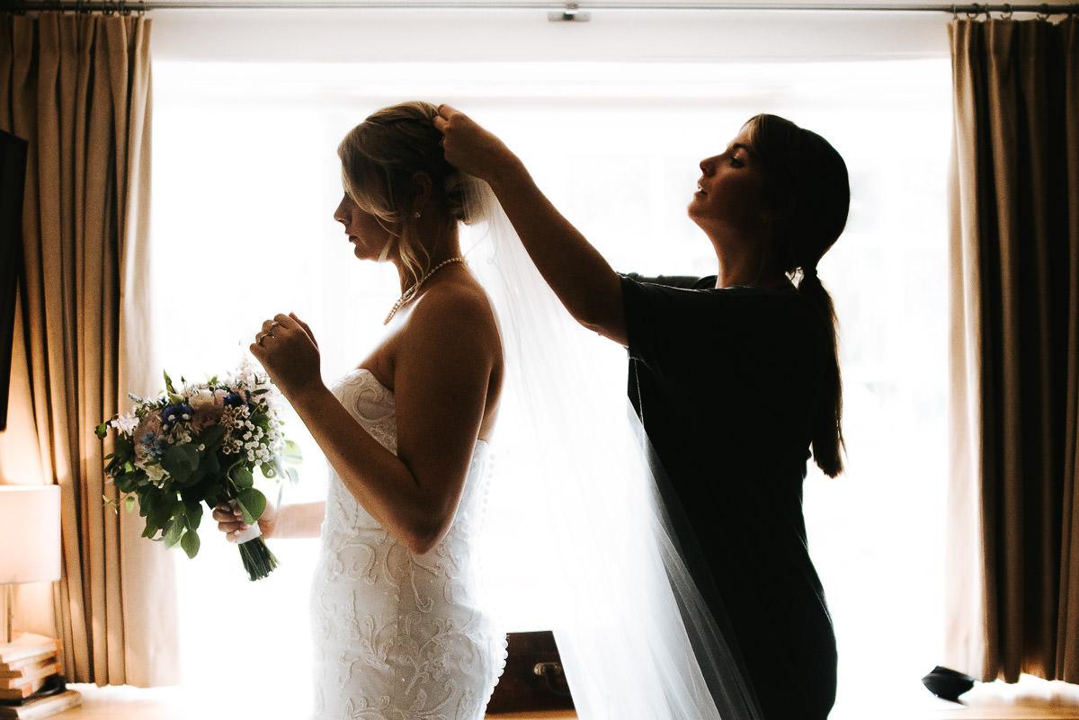 kent wedding photography veil on