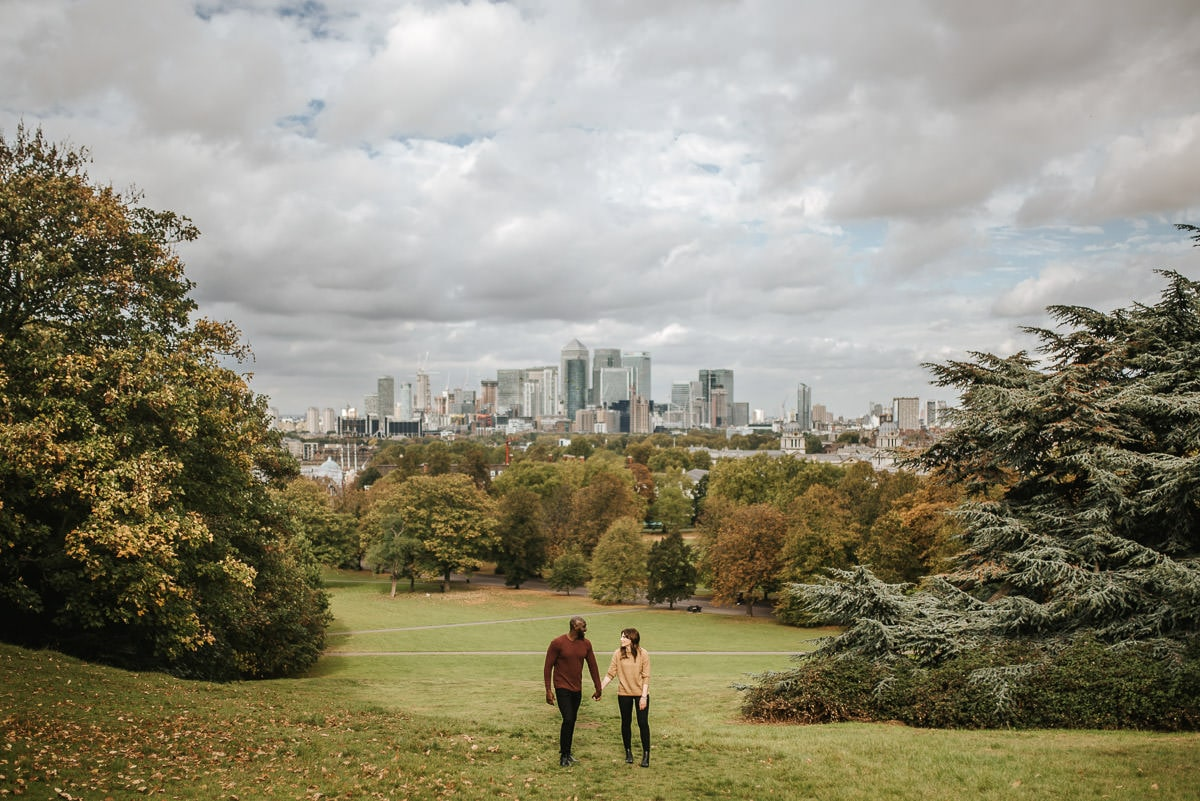 london engagement photography greenwich park with london city background