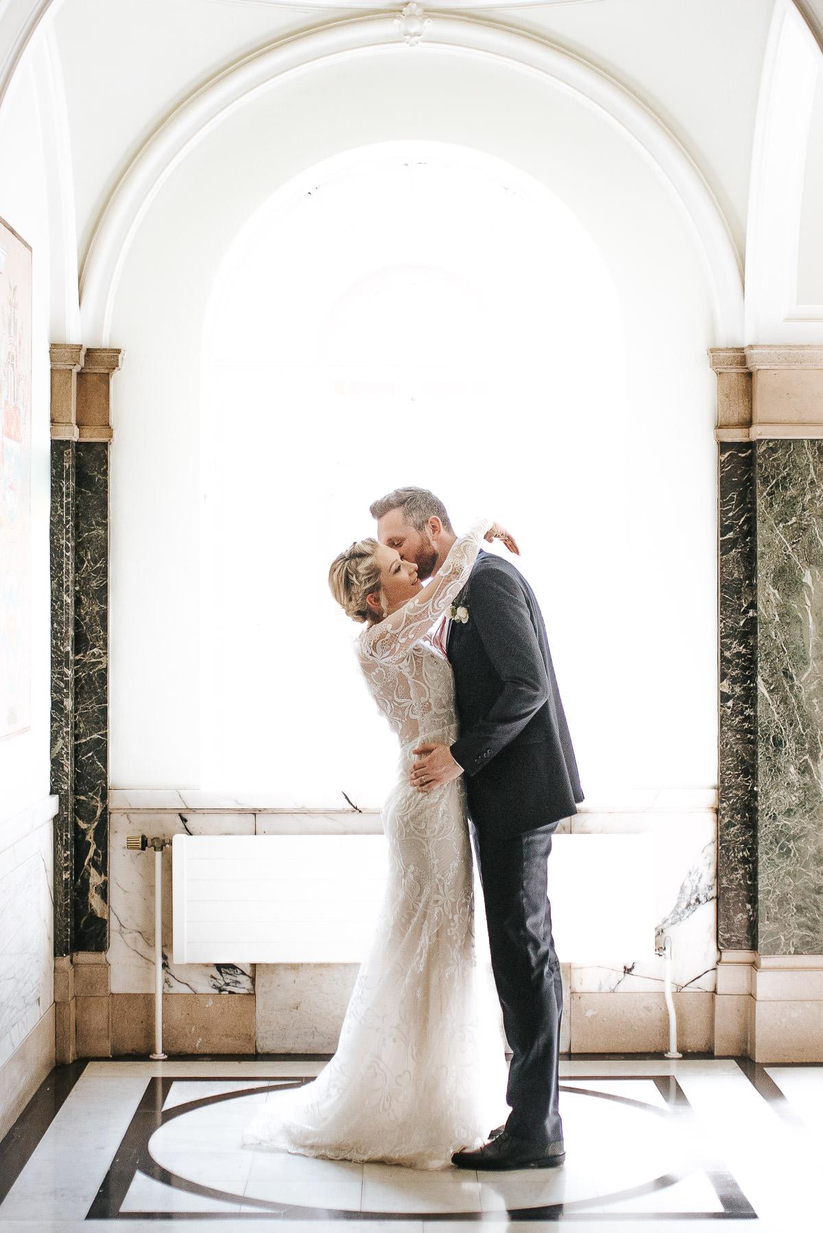 islington town hall wedding couple photo shoot