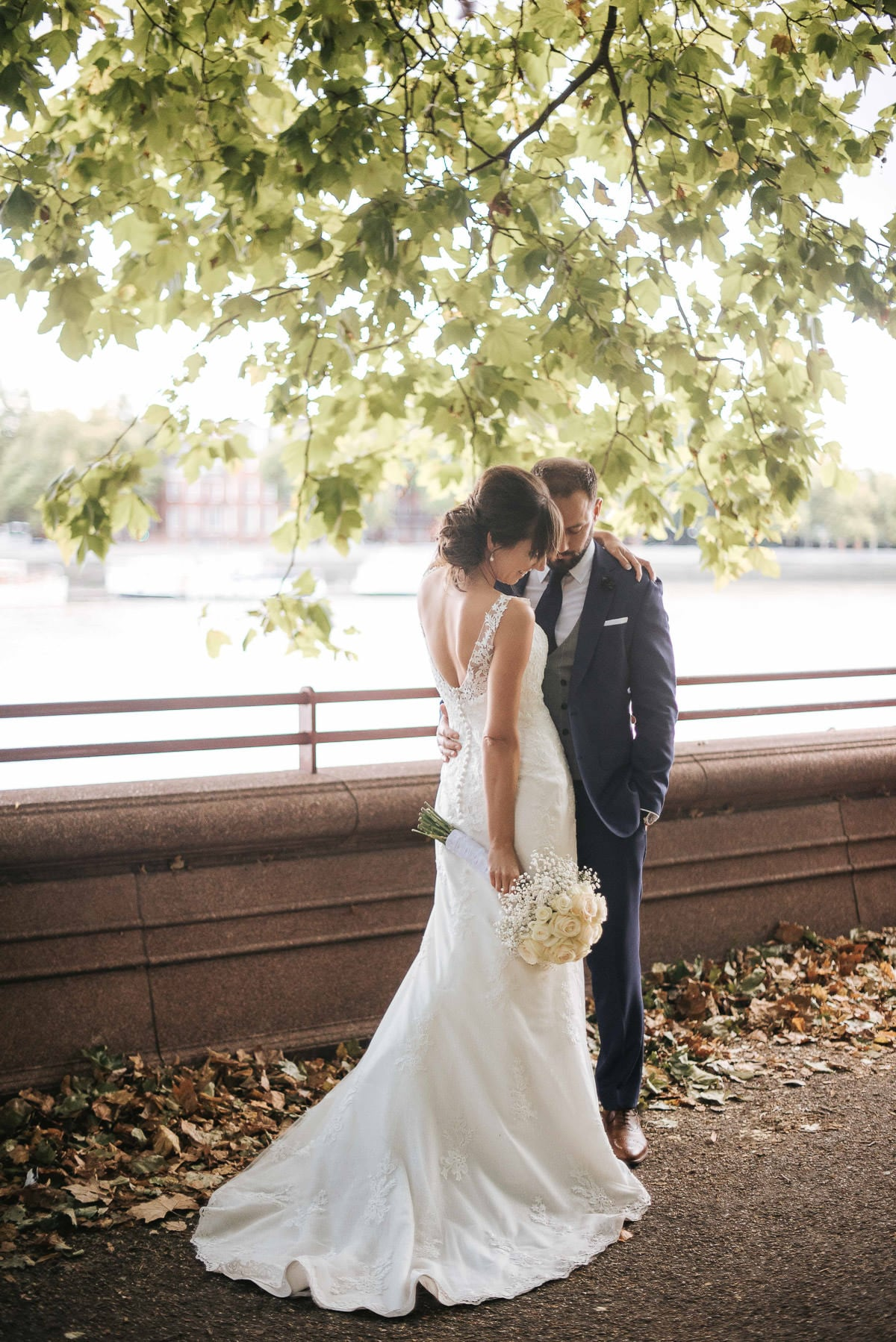 chelsea old town hall wedding couple photo in battersea park