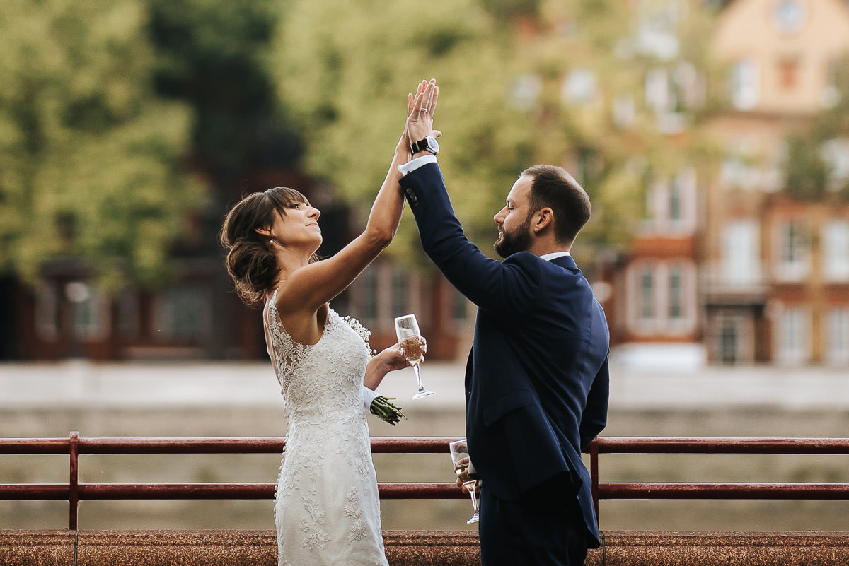 chelsea old town hall wedding bride and groom photo in battersea park