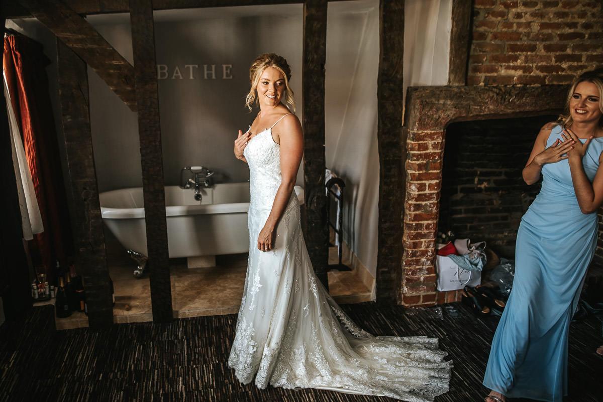 colville hall wedding getting ready at saracen hotel